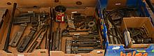 LARGE GROUP OF GUN PARTS, TOOLS & ACCESSORIES