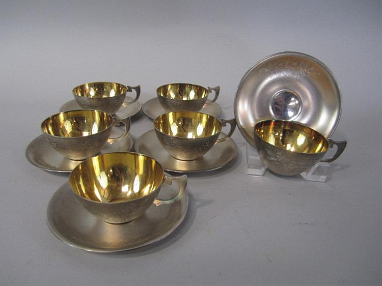 H25-19  SET OF SIX RUSSIAN SILVER CUPS & SAUCERS