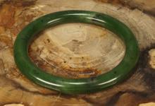 Chinese Carved Spinach Jade Bangle Bracelet