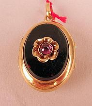 Porte souvenir médaillon onyx noir