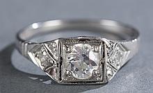Art Deco 0.5 ct diamond and platinum ladies ring.