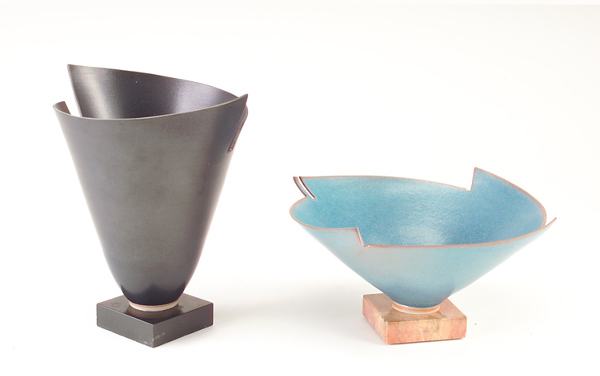 ELSA RADY (American, b. 1943) Two flaring porcelain bowls with jagged rims on marble bases, 1982: one black, 9