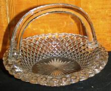 Crystal Diamond Point Handled Basket