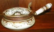 Porcelain & Gold Guilt Silent Butler