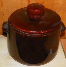 West Bend USA Covered Bean Pot
