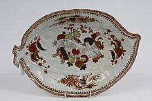Large 18th century Worcester moulded cabbage leaf dish with finely painted Chinese iron-red, black a