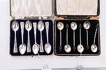 Set of six 1930s silver coffee bean spoons in a fi