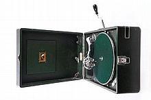 HMV 102 Portable Gramophone - circa 1930 - 1931, g