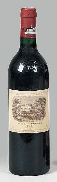2 bouteilles  CH. LAFITE-ROTHSCHILD, 1° cru Pauillac  1985
