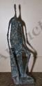 YERMIA Pierre, né en 1964 Figure assise IV, 2003 bronze à patine dorée et verte, n°1 / 8, Fonderie du Gour, signé sur l'arrière,  Haut. : 45 cm.