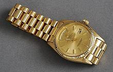 An 18 ct gold gentleman's vintage Rolex day date