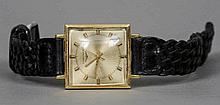 An 18 ct gold cased Longines gentleman's wristwat