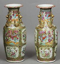 A pair of large 19th century Cantonese famille ro