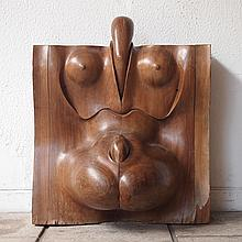 Sculpture érotique travail vers 1960,  bois massif figurant un corps de femme,