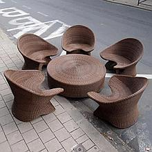 Bomanaka / Lotus Collection :  Ensemble de 5 fauteuils et 1 table de jardin,