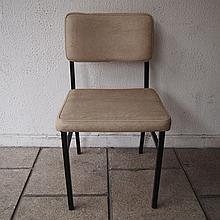 Guariche Pierre (1926-1995) / Meurop attribué :   Suite de 6 chaises vers 1960,