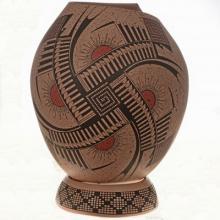Polychrome Mata Ortiz Pot Speckled Ground With Cut Lip