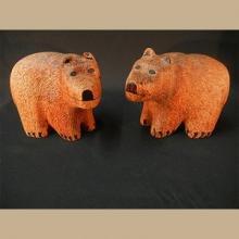 Zuni Wood Carved Fetish Bear Mantel Set by Alan Lewis - Artist: Alan Lewis
