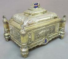 Thanksgiving Weekend Antiques & Arts Auction
