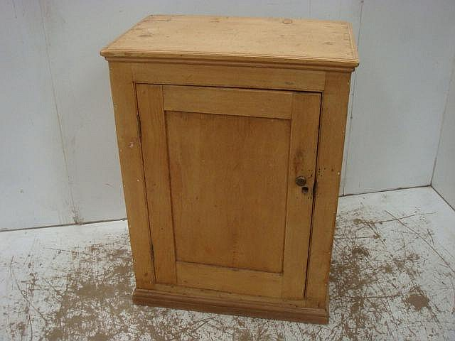 Antique Pine Low Side Cupboard/Cabinet