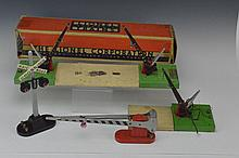 Lionel No. 47 Automatic Crossing Gate Grouping