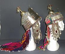 Zwei Hochzeitskappen?Turkmenistan/Afghanistan, 20. Jh.?Kuppelförmige Kopfbe