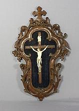 Kruzifix?Erbach, 2. H. 19. Jh.?Christuskorpus aus Bein im Viernageltypus am