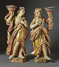 Paar Leuchterengel?Italien, um 1700?Auf Plinthe stehender Engel mit faltenr