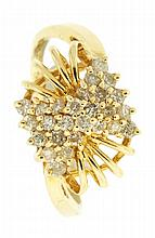Ring, 14 karat yellow gold with 26 diamonds, size 8, 3.2g TW