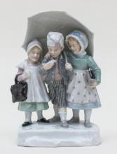 Drei Kinder im Regen, Karl Ens, Volkstedt, um 1900
