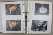 Ordner 200 Autogrammkarten von Musikern und Schauspielern/200 Autographs Of Musicians and Actors, vorwiegend 1970er bzw. 80er Jahre