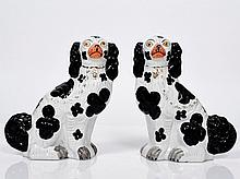 Staffordshire Pottery Pair of Spaniels seated in