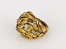 Italian Gold Leaf Motif Ring yellow gold ring with