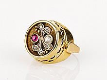 Antique Ruby and Diamond Ring 14ct yellow gold