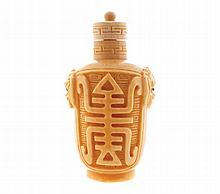 Chinese ivory snuff bottle