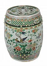 Chinese Qing period famille verte porcelain barrel seat