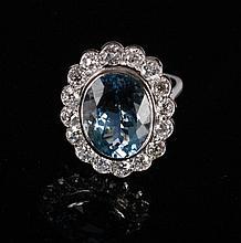 18 ct. white gold ring