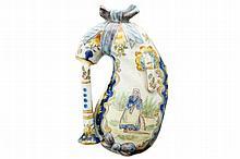 Auvergne porcelain wall hanging vase