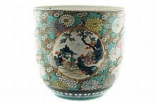 Large nineteenth-century Oriental porcelain jardinière