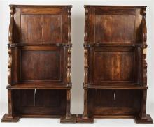 PAIR OF OAK CHOIR PEWS. 19th Century. - 65 3/4