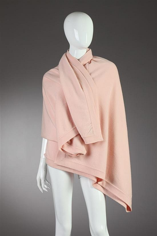 CHANEL PINK CASHMERE WRAP. - 60 in. x 68 in.