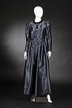 GIVENCHY NOUVELLE BOUTIQUE GREY SILK TAFFETA EVENING DRESS, 1970s.