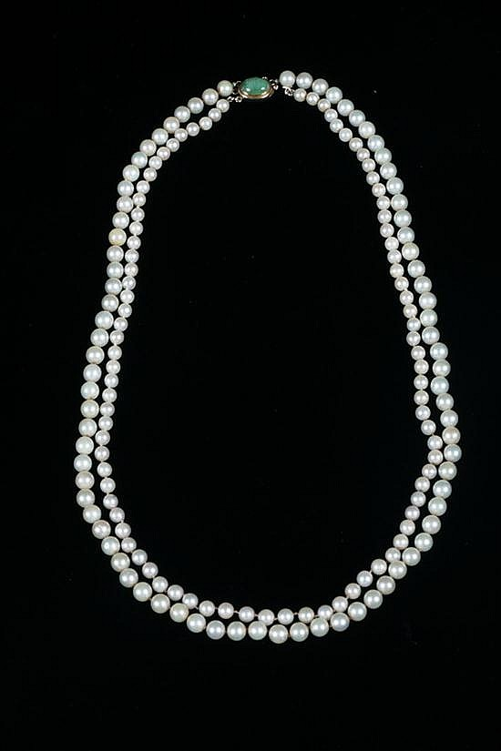 DOUBLE-STRAND CULTURED PEARL NECKLACE WITH 14K YELLOW GOLD AND JADE CLASP,