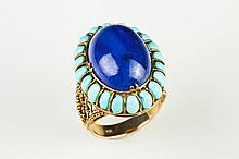 14K YELLOW GOLD, LAPIS LAZULI AND TURQUOISE OVAL DOME RING. - Size 7.