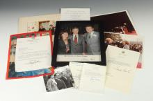 AUTOGRAPH-SIGNED PRESIDENT JIMMY CARTER COLOR PHOTOGRAPH AND TWO-AUTOGRAPH SIGNED TYPED NOTES .