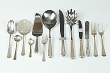 ASSEMBLED PARTIAL SERVICE OF GORHAM STERLING SERVICE IN THE FAIRFAX PATTERN (150 PIECES), 20th Century. - 216.2 ounces.