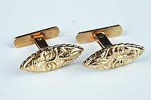 PAIR YELLOW GOLD AFRICAN MASK DESIGN CUFFLINKS.