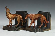 PAIR OF ART DECO WHIPPETS BOOKENDS. 20th century. - 3 3/4 in. x 3 1/2 in. x 4 1/2 in.