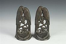PAIR OF CAST IRON LOVEBIRDS BOOKENDS. Early 20th century. - 7 1/4 in. x 4 in. 2 1/8 in.