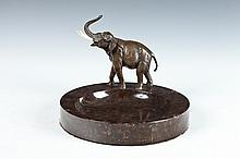 AUSTRIAN CHOCOLATE MARBLE AND BRONZE SHALLOW BOWL OR ASHTRAY MOUNTED WITH BRONZE TRUMPETING ELEPHANT, Late 19th Century. - 8 5/8 in. di